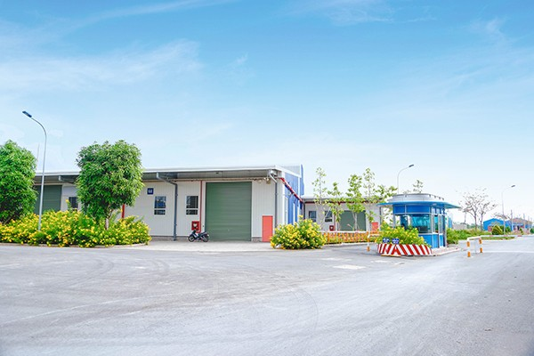 Open mechanical workshop in large industrial parks in Vietnam