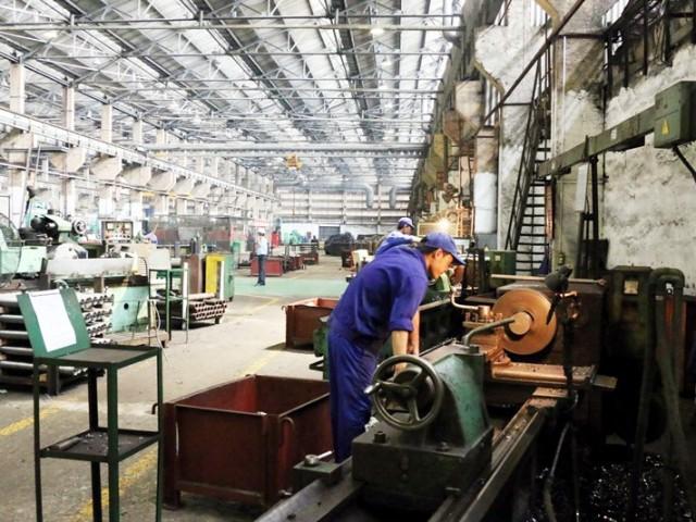 どの基準に基づいた機械工場の競争優位性