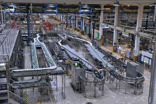 롱 안의 과자 공장