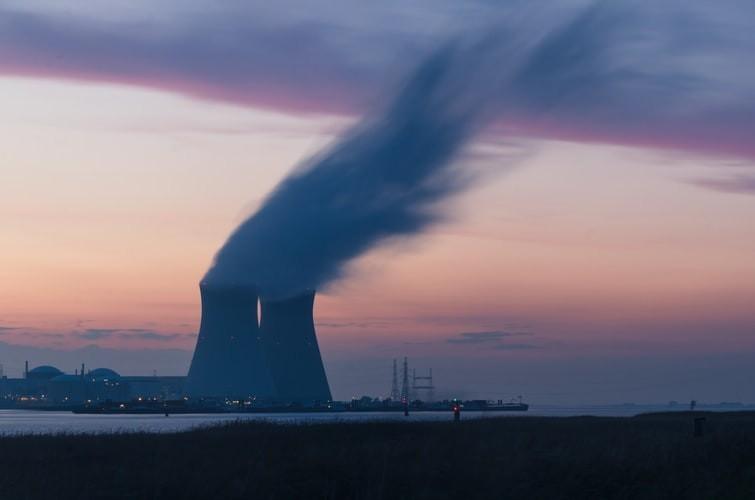 """호치민 인근 공업 단지 오염 오염은 여전히 """"뜨거운""""상태입니다"""